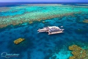 outer-barrier-reef-pontoon-platform-aqerial-hero