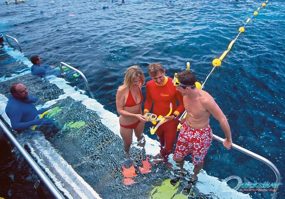 Great barrier reef activity platform agincourt pontoon quicksilver