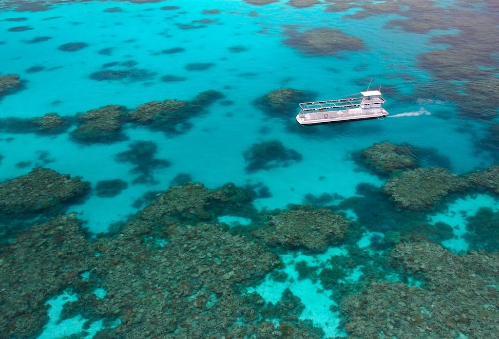 an overview of the great barrier reef Catchment to reef: water quality issues in the great barrier reef region—an overview of papers p hutchings a,,d haynesb,k goudkampb,l mccookb a.